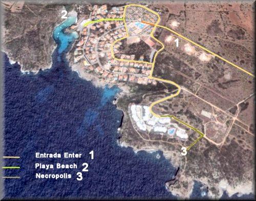 Mapa de GOOGLE HEAR marcado los el camino con los itinerarios de entrada bajada a la playa y la ruta para llegar a la necropolis pasando por los cahles de Ses Tanques