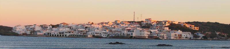 Pueblos de Menorca, Es Grao, nucleo urbano junto a la playa de Rs Grao  y al mas grande parque natural de Maó Menorca
